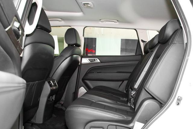 全进口7座硬派SUV!空间大过汉兰达,只卖22万起,买吗?