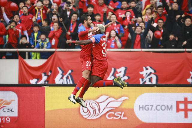 皇冠重庆主场2-2逼平富力体育 叶楚贵扎哈维建功卡尔德克2球