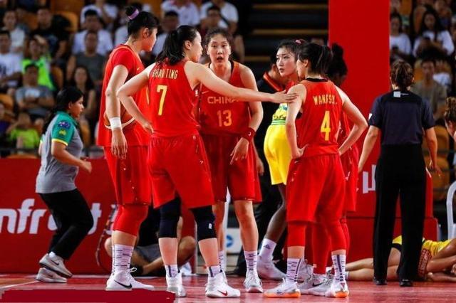 女篮井喷式进军美国篮坛,WCBA算是成功了,下一个就看CBA了