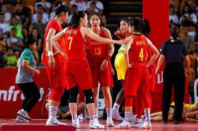 女篮井喷式进军美国篮坛,WCBA算是成功了,下一个就看CBA
