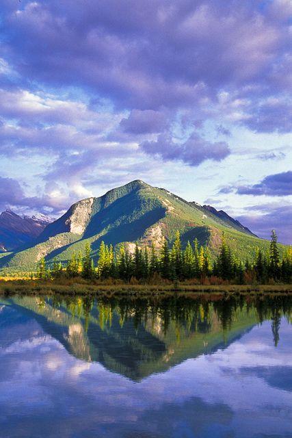 加拿大班夫国家森林公园,大山里独特的浪漫