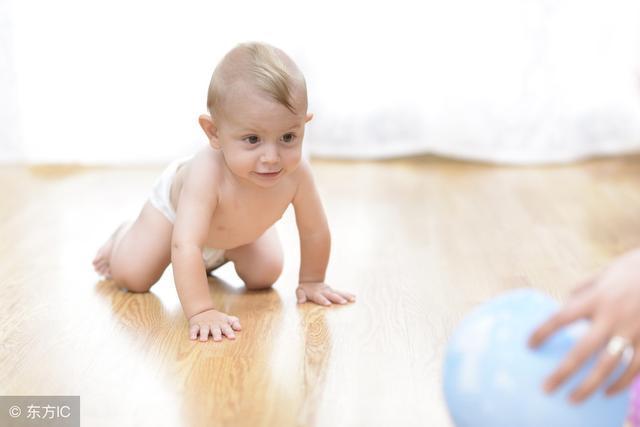 四个月宝宝吃多少奶合适?