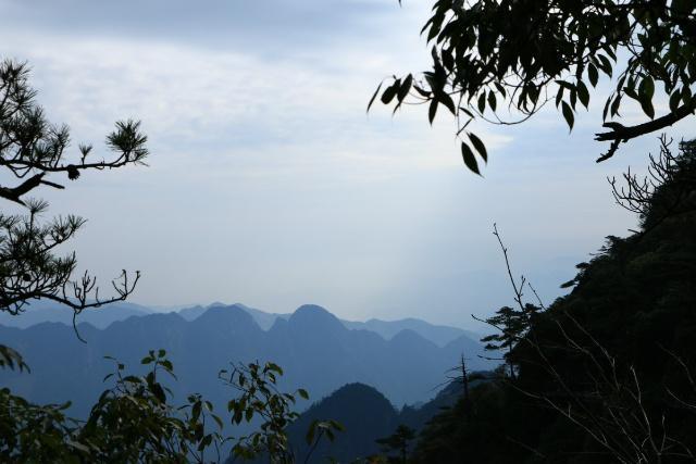 除了上饶三清山风景名胜区,平凉崆峒山