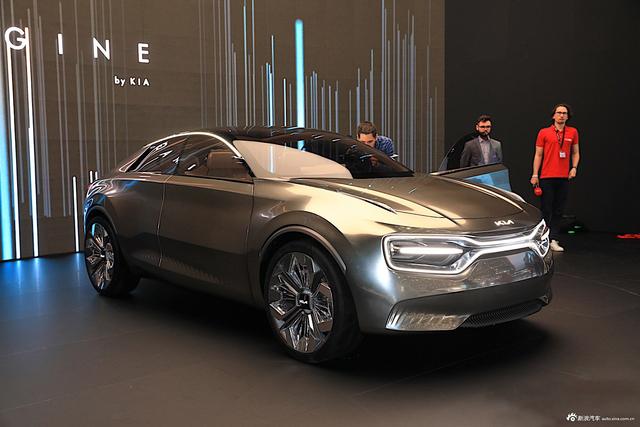 实拍起亚Imagine概念车 搭载21块独立屏幕