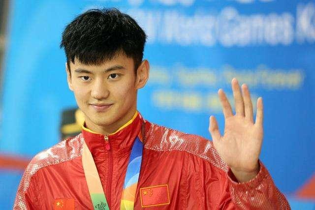 宁泽涛26岁勇退是否可惜?我们该为他的未来担忧还是期待?