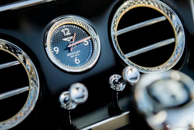 第三代欧陆GT敞篷版 搭载全新4.0L V8发动机