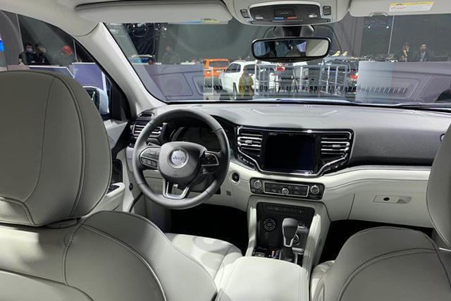 2019上海车展   全新Jeep指挥官PHEV百公里油耗低至1.7L