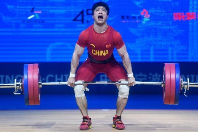 举重亚锦赛|李发彬61公斤级摘金留遗憾