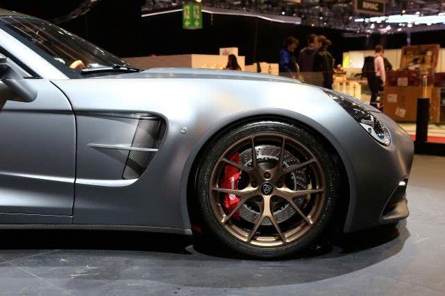 纯手工订制的混动超跑,最大965马力,全球限量150台!