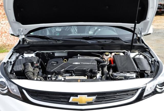 10万能拿下合资大牌B级车,配6AT仅比凯美瑞短3公分,雅阁也逊色