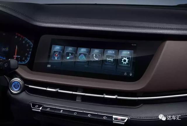 都在玩年轻人的第一台SUV,长安全新CS15跟别人有什么不同?