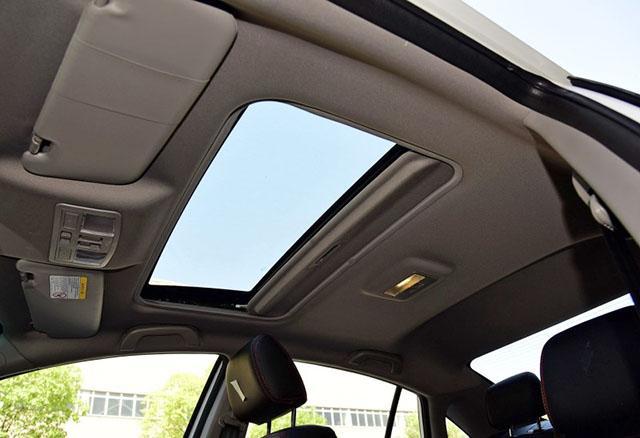 售价不足7万的国产品牌B级车,海马M6为何会越卖越差?