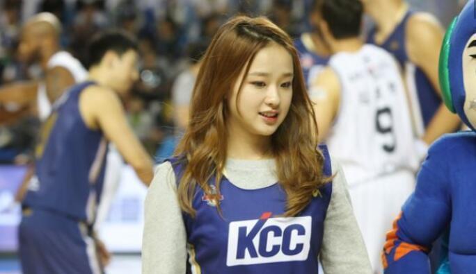 亚洲体操女神,曾经示爱宁泽涛被拒,如今25岁却发福判若两人