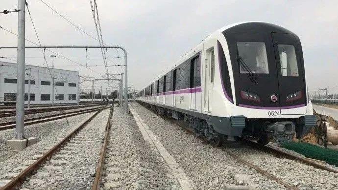 轨交5号线南延伸全线轨道贯通 计划年内通车试运营
