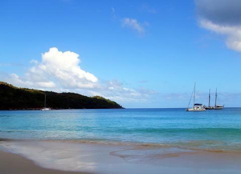 普拉兰岛是塞舌尔的第二大岛屿,像是一个世外桃源!