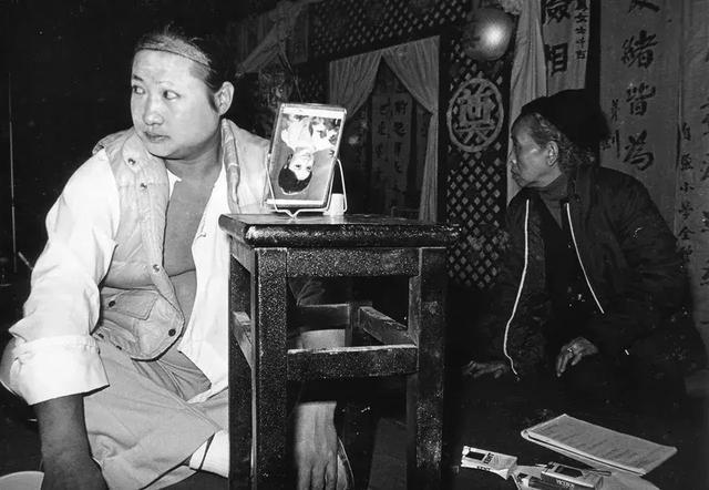 """林青霞、成龙、林子祥……这15个""""癫人"""",藏着华语片巅峰的秘密"""
