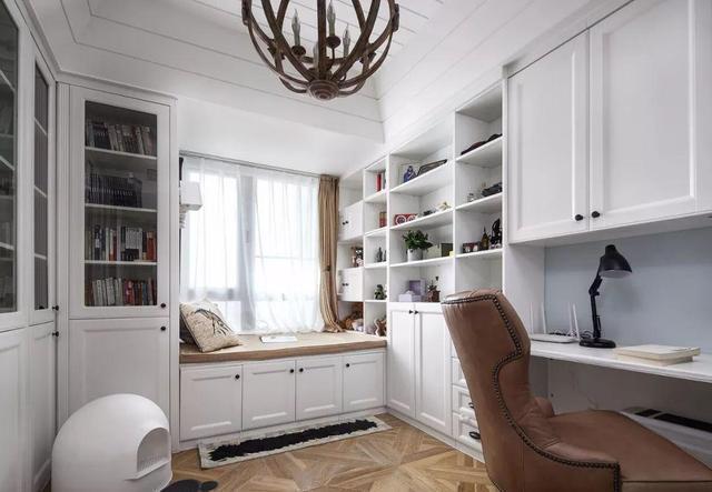 晒晒新房,146㎡美式乡村风,书房柜子连飘窗,最爱主卧!图片