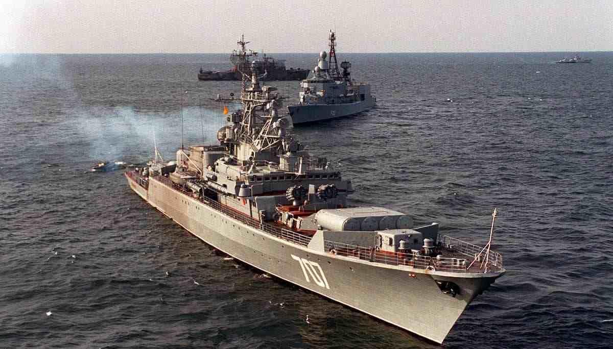 印度抢购俄罗斯天价烂尾船?痴心不改勇当