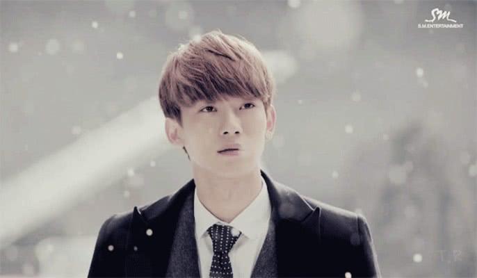 EXO9人在韩人气排名,张艺兴排第3,他倒数,第一人气超高