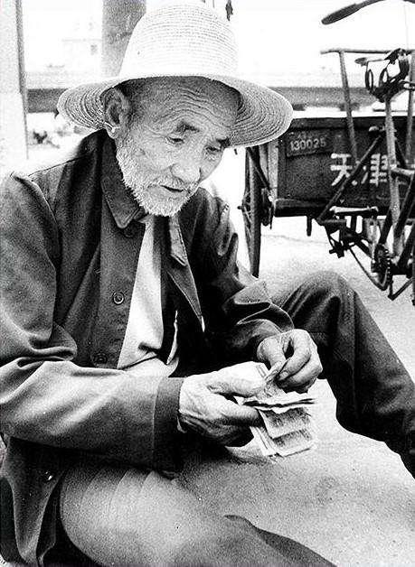 中国首善 白方礼 生命最后20年感动了中国,却感动