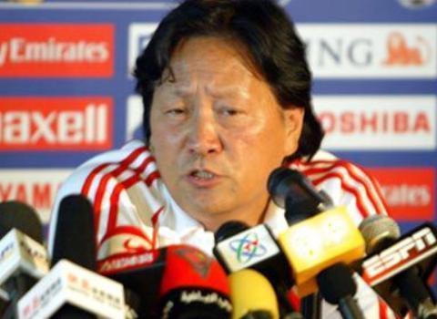 高洪波、里皮、朱广沪等执教过国足的主帅里,谁的胜率最高?