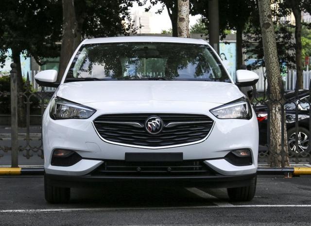 别克最便宜的车,皮实耐用,标配电动天窗和esp,百公里油耗4.8升