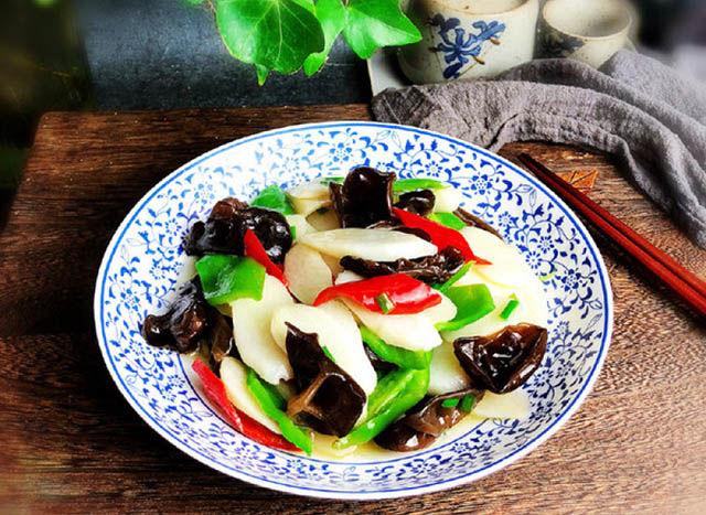 莲藕v莲藕:黑木耳炒银耳,山药玉米排骨汤,美食炖怎样用甑蒸糯米饭图片