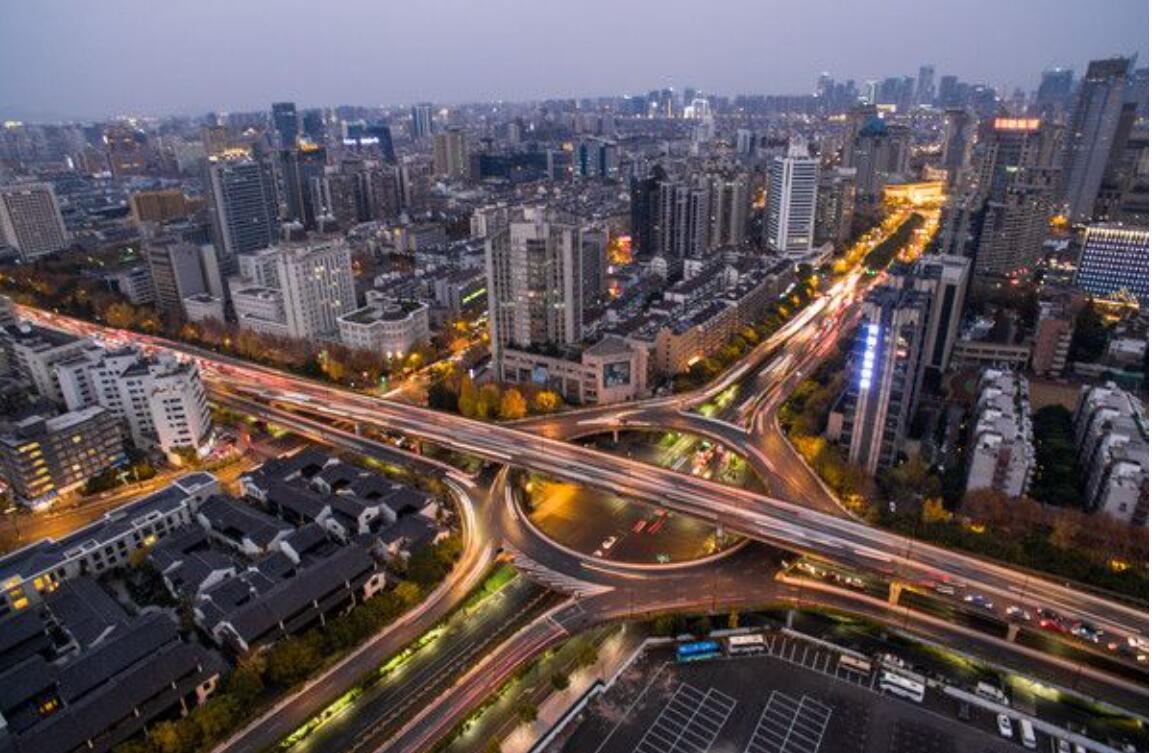 2018年土地收入远超北上广!杭州新一线城市老大争夺战