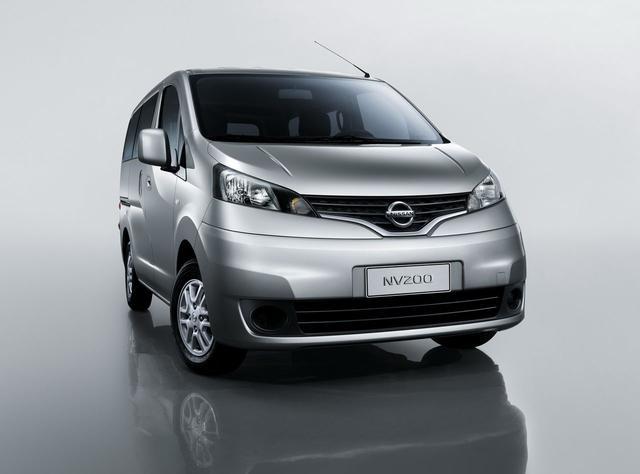 被称为日本五菱宏光的日产NV200,来到中国之后就香不起来了!