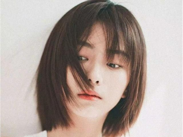 直发短发发型图片2019辛芷蕾 齐肩烫发发型2018减龄图片