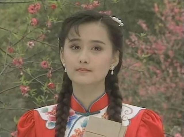 44岁陈德容近照曝光,曾是琼瑶的御用女主,如今依旧青春貌美!