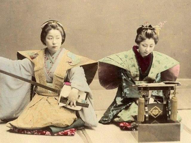 日本统治�9�ni{ni�_日本地方豪强势力增长,皇室退出政治舞台,进入幕府统治时代