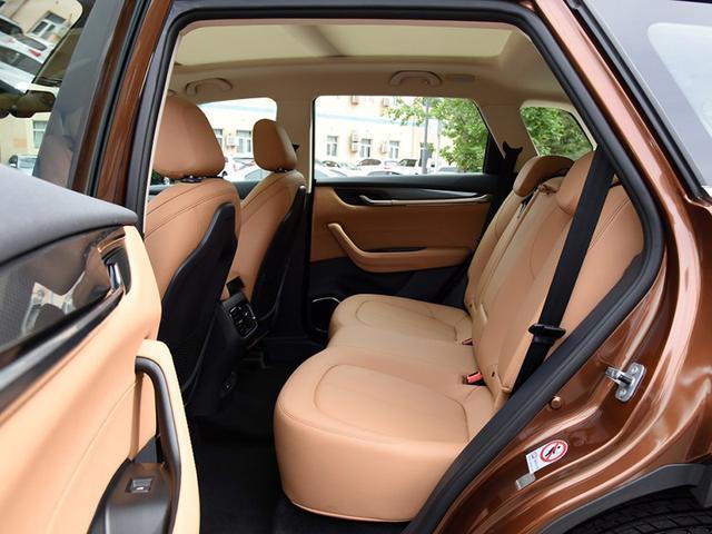 高质价比自主SUV媲美合资 外观家族气息浓厚 配置全面空间灵活