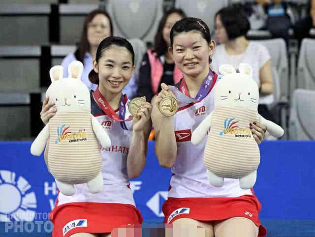 日本女羽奥运冠军打8分就退赛让全世界哗然!为达目的不择手段?