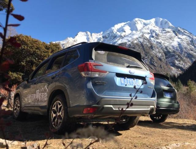 试驾22.38万起的进口SUV,新一代森林人翻雪山、越野无压力
