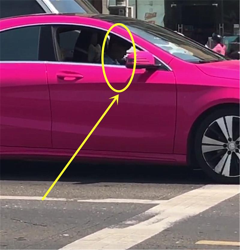 """20万""""暗粉色""""奔驰cla,本以为车主是白富美,结果很意外!"""