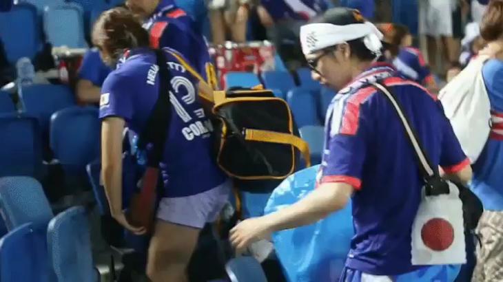 世界杯哎~世界杯,日本队首战打败哥伦比亚,日本球迷也火了一把!比赛结束后...