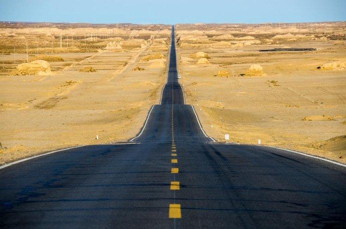 荒漠中世界上独一无二的美景