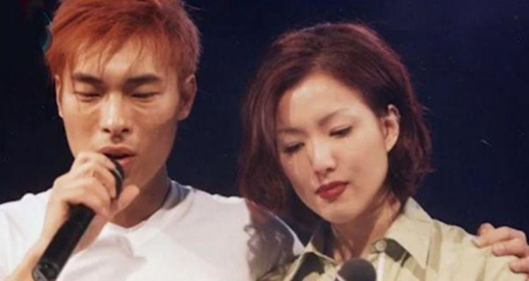 郑秀文许志安参加婚礼,首次被新人斟茶,满脸尴尬不想服老!