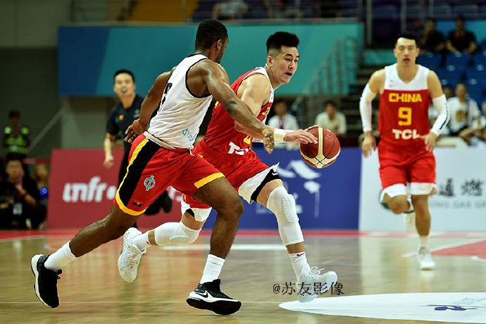 """2019年""""周庄杯""""昆山国际男篮锦标赛:中国队力克老对手首战告捷"""
