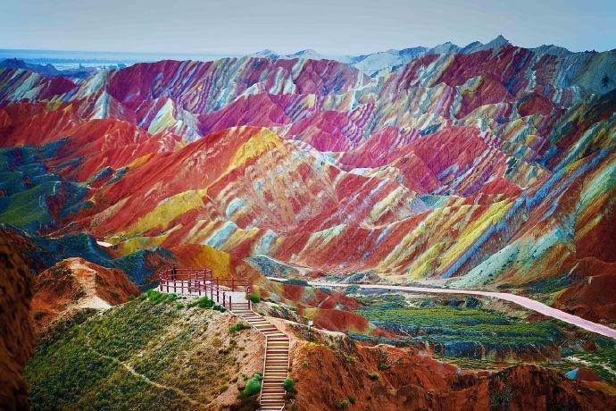甘肃张掖彩虹山,大自然的神作