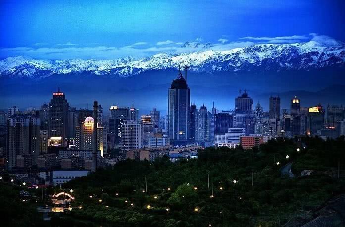中国新疆最适合养老一座城市,是你家乡吗?!
