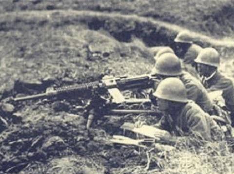 武汉会战,改变了二战格局和张鼓峰战役,诺门坎战役有什么关系