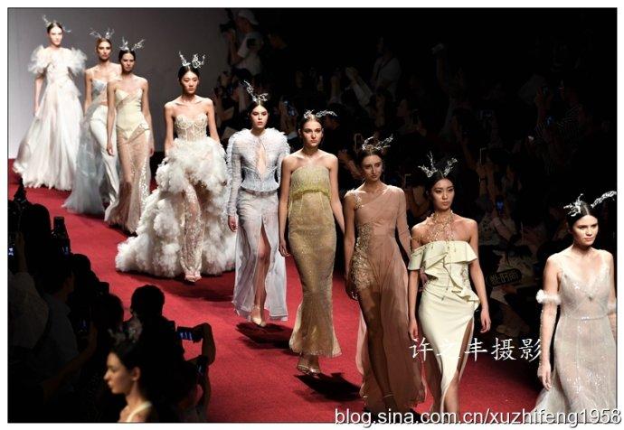 中国国际时装周上的仙女