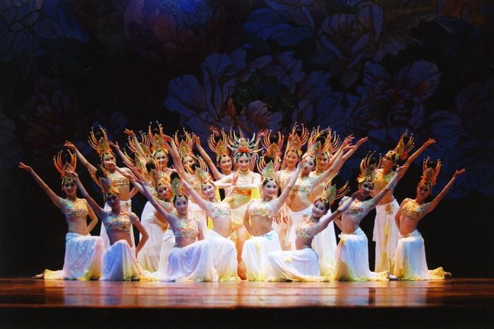 """中国歌剧舞剧院领衔秘鲁2019""""欢乐春节""""经典歌舞"""
