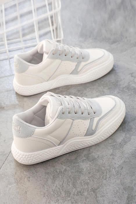 体育课考试,你想穿上哪款跑步鞋?测试你是不是学霸?我是!