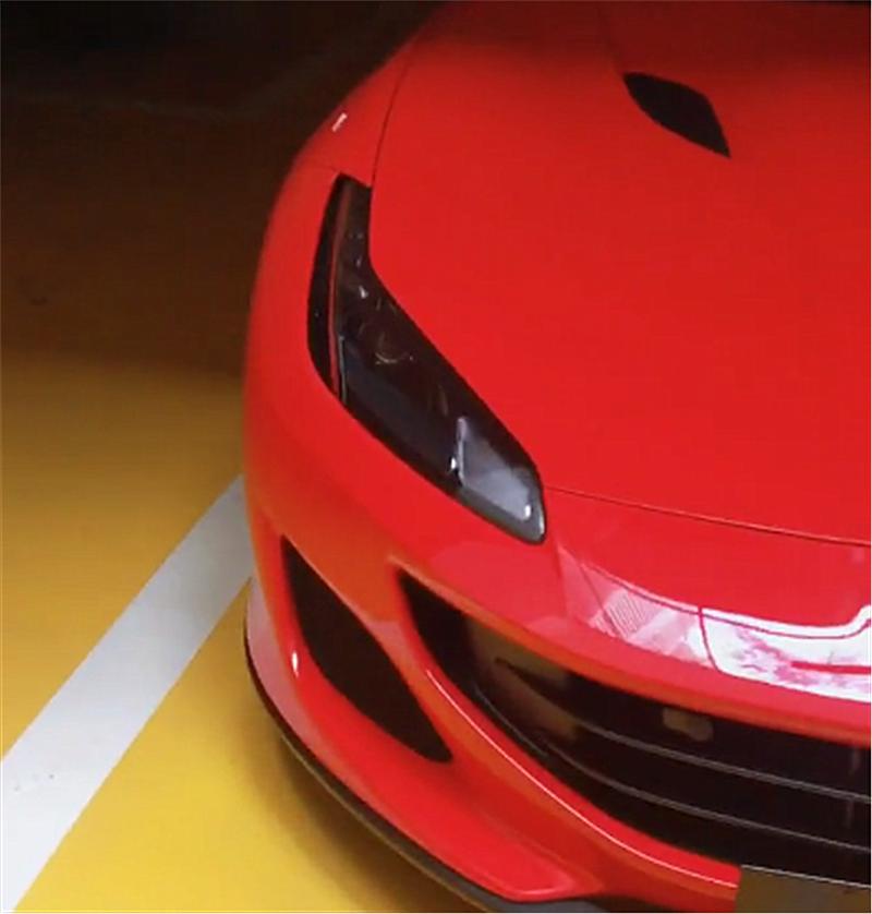 """普宁首台法拉利Portofino现车库,引擎盖设计似""""花魁"""""""