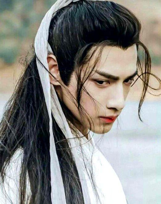 男星流泪, 蔡徐坤太仙, 朱一龙让人心疼, 你最想为谁擦掉眼泪?