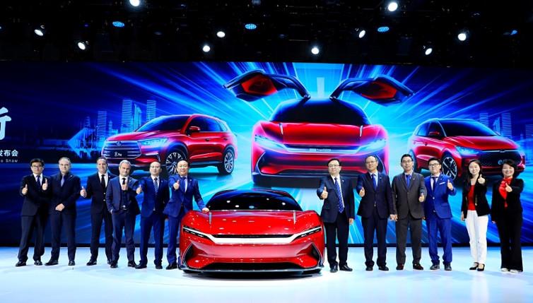 """2019上海车展:比亚迪携多款车型进入""""新""""时代"""