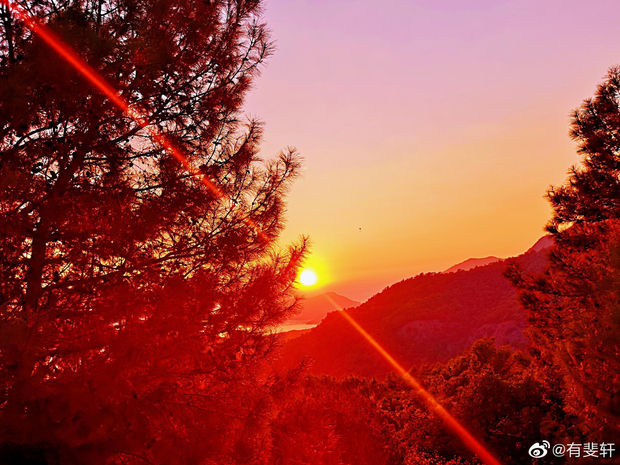 夕阳落入愛琴海